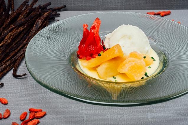 Crema inglesa vegana con manzana en tres texturas_Copenhagen Madrid